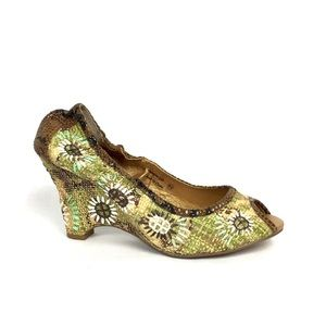 NAUGHTY MONKEY Floral Raffia Wedge Sandals \\ 8.5